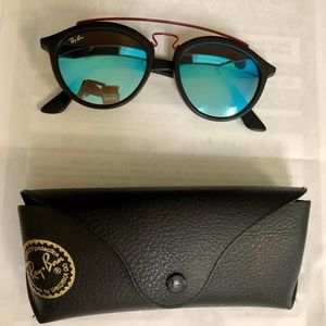 Ray Ban sunglasses w/ case